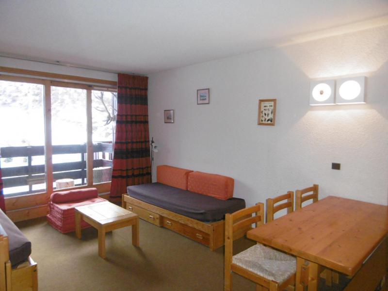 Vacances en montagne Appartement 2 pièces 5 personnes (077) - Résidence Arpasson - Méribel-Mottaret - Table