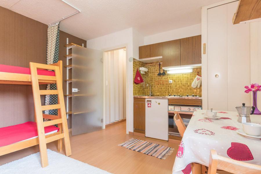 Vacances en montagne Studio 2 personnes (CAVU14) - Résidence Arzerier - Montgenèvre - Logement
