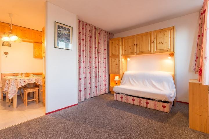 Holiday in mountain resort Studio sleeping corner 5 people (0601) - Résidence Baikonour - Le Corbier