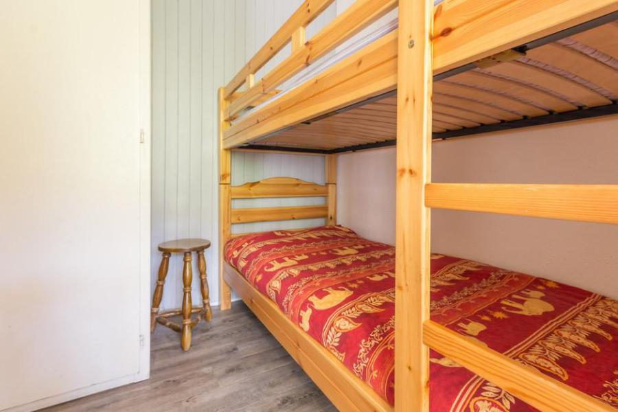 Holiday in mountain resort Studio 4 people (0803) - Résidence Baikonour - Le Corbier - Bunk beds
