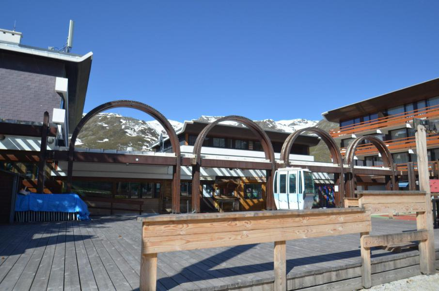 Vacances en montagne Résidence Beaufortain - Les Menuires - Extérieur été