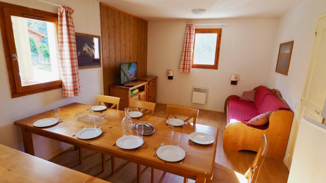 Vacances en montagne Appartement 4 pièces 8 personnes (8) - Résidence Belvédère Asphodèle - Valfréjus - Table