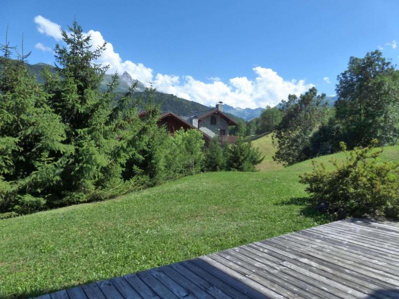 Ski verhuur Appartement 3 kamers 4 personen - Résidence Bergerie des 3 Vallées F - Méribel - Buiten zomer