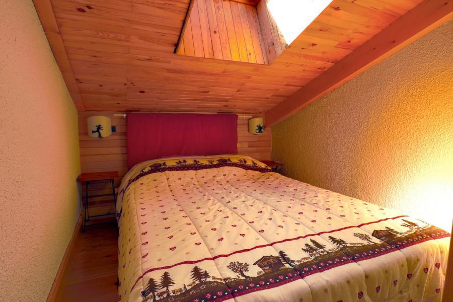 Vacances en montagne Appartement duplex 4 pièces cabine 8 personnes (B21) - Résidence Boulevard - Méribel-Mottaret - Lit double