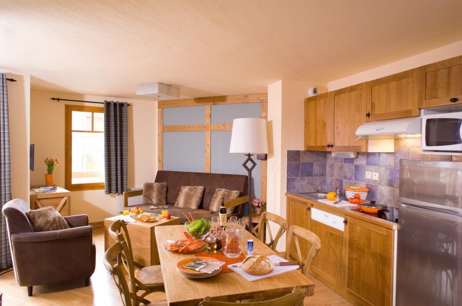 Vakantie in de bergen Résidence Cami Real - Saint Lary Soulan - Open keuken