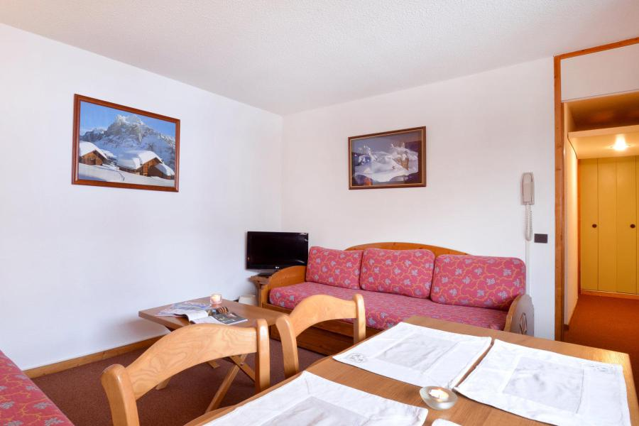 Holiday in mountain resort 2 room apartment 5 people (54) - Résidence Carroley B - La Plagne - Table