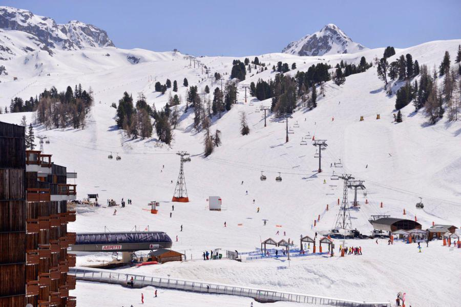Holiday in mountain resort Résidence Carroley B - La Plagne