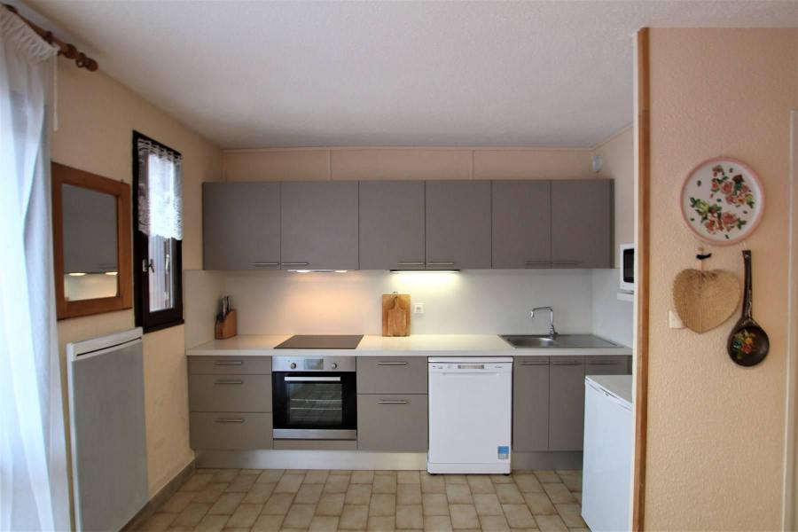Vacances en montagne Appartement 2 pièces cabine 5 personnes (A306) - Résidence Central Parc 1a - Serre Chevalier - Cuisine ouverte