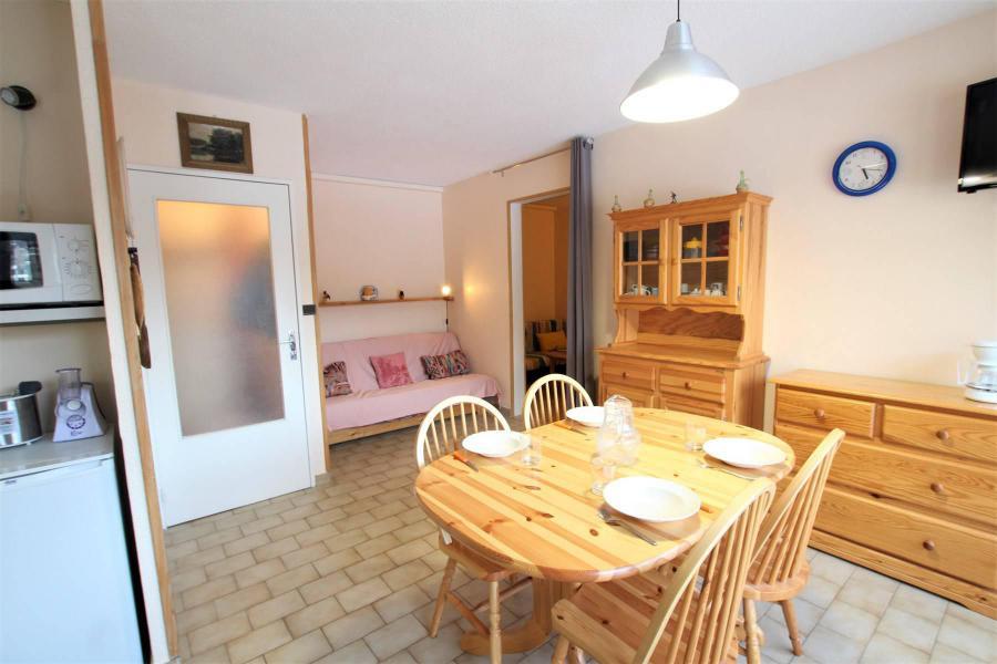 Vacances en montagne Appartement 2 pièces cabine 5 personnes (A306) - Résidence Central Parc 1a - Serre Chevalier - Table
