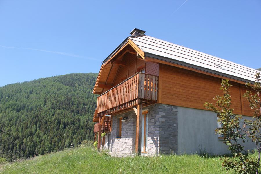 Vacaciones en montaña Résidence Chalets de Praroustan - Pra Loup - Verano