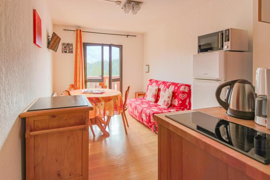 Holiday in mountain resort Résidence Chalets Margot - Superdévoluy - Open-plan kitchen