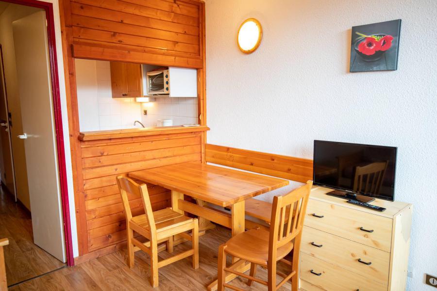 Vacances en montagne Studio 2 personnes (38) - Résidence Chavière - Valfréjus - Logement