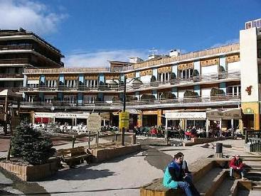 Location au ski Résidence Chenonceau I - Pra Loup - Extérieur été