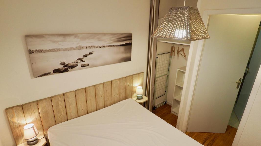 Vacances en montagne Appartement 2 pièces cabine 6 personnes (105) - Résidence Cheval Blanc - Valfréjus - Lit double