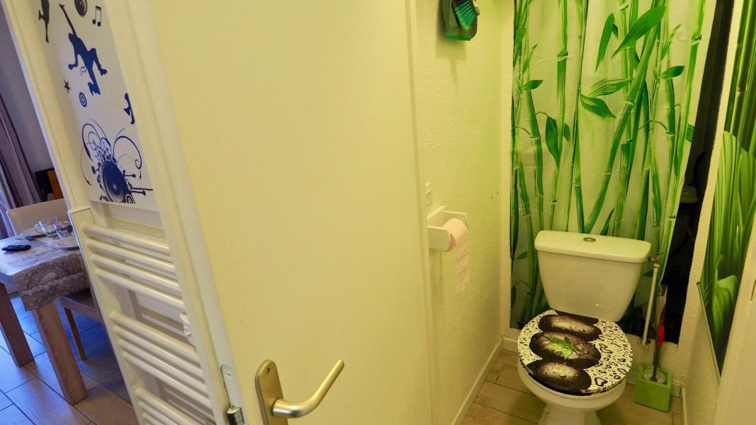 Vacances en montagne Appartement 2 pièces cabine 6 personnes (105) - Résidence Cheval Blanc - Valfréjus - Wc
