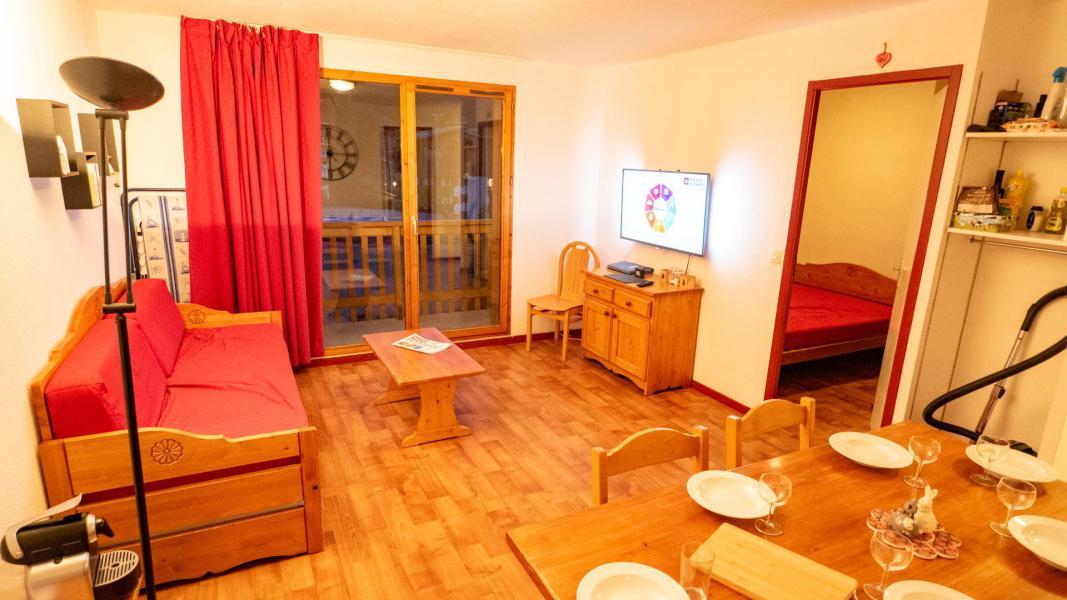 Vacances en montagne Appartement 3 pièces 6 personnes (62) - Résidence Cheval Blanc - Valfréjus - Séjour