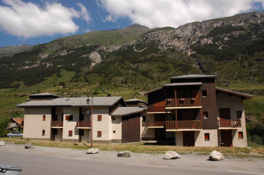 Аренда на лыжном курорте Résidence Chevallier - Val Cenis - летом под открытым небом