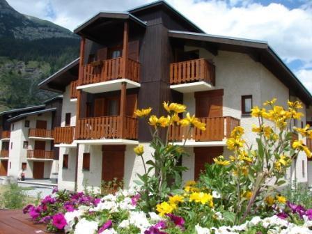 Location au ski Résidence Chevallier - Val Cenis - Extérieur été