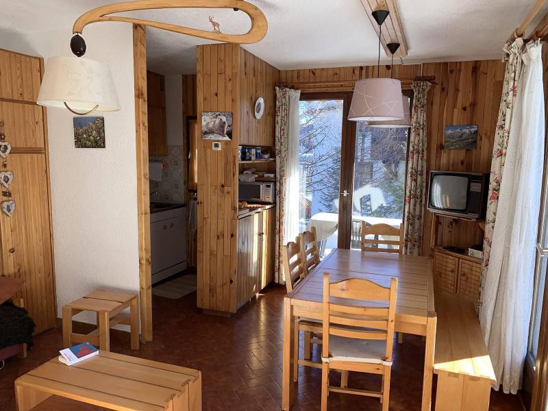 Wakacje w górach Apartament 2 pokojowy z alkową 6 osób (289) - Résidence Clos de Saluces - Vars - Pokój gościnny