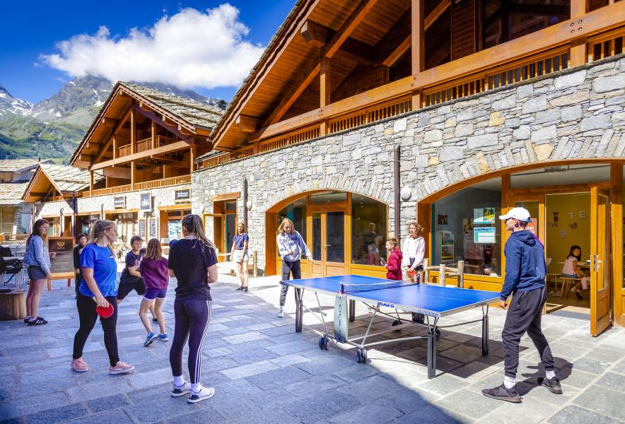 Urlaub in den Bergen Résidence Club MMV l'Étoile des Cîmes - Sainte Foy Tarentaise - Draußen im Sommer