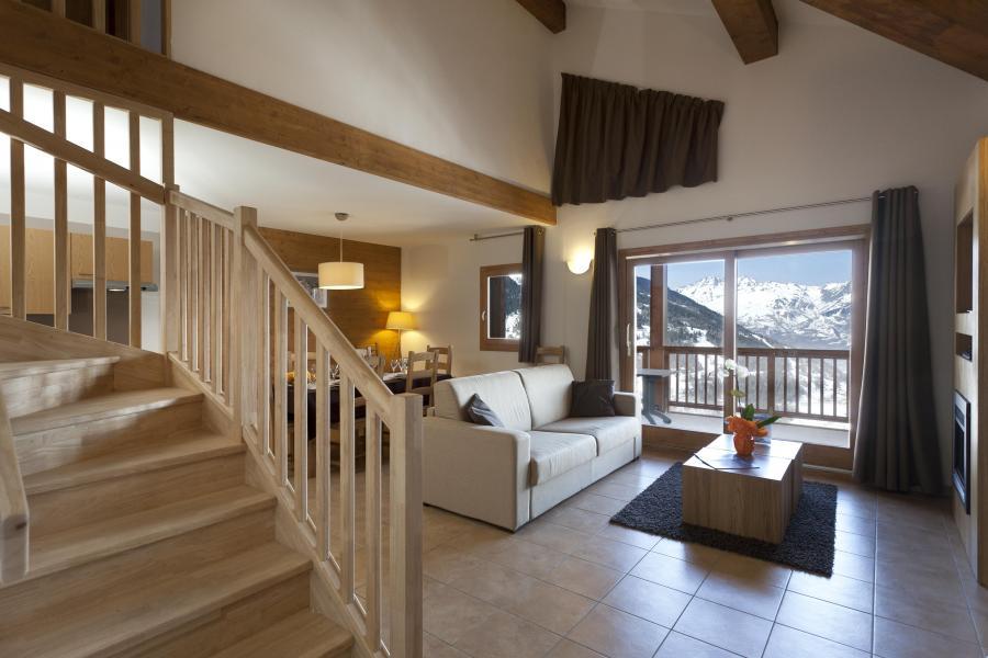 Urlaub in den Bergen Résidence Club MMV l'Étoile des Cîmes - Sainte Foy Tarentaise - Fenstertür zum Balkon