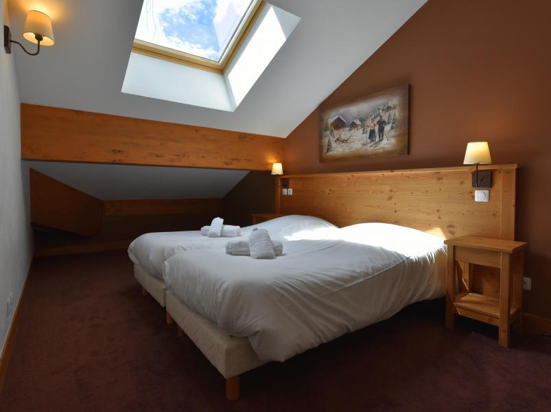 Urlaub in den Bergen Résidence Club MMV l'Étoile des Cîmes - Sainte Foy Tarentaise - Mansardenzimmer