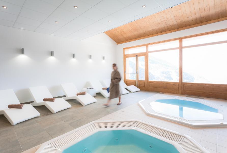 Urlaub in den Bergen Résidence Club MMV l'Étoile des Cîmes - Sainte Foy Tarentaise - Whirlpool