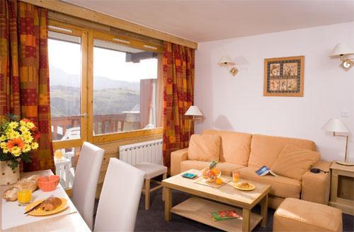 Vacances en montagne Appartement 4 pièces 8 personnes (Famille) - Residence Club Mmv Le Centaure - La Plagne - Table basse