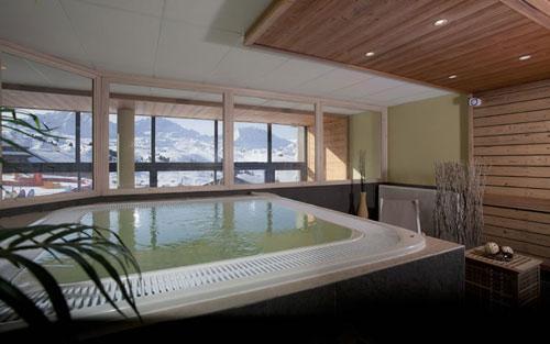 Vacances en montagne Residence Club Mmv Le Centaure - La Plagne - Bain à remous