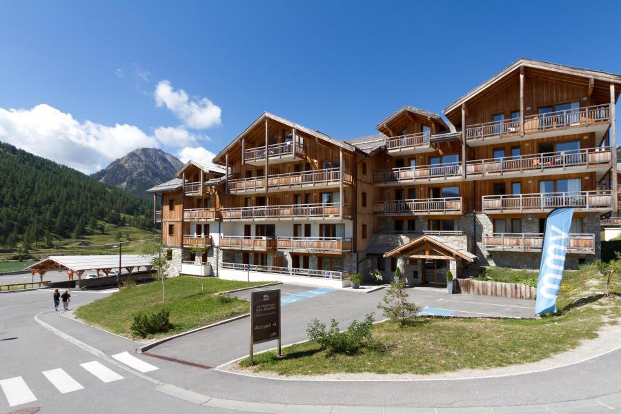 Location au ski Résidence Club MMV le Hameau des Airelles - Montgenèvre - Extérieur été