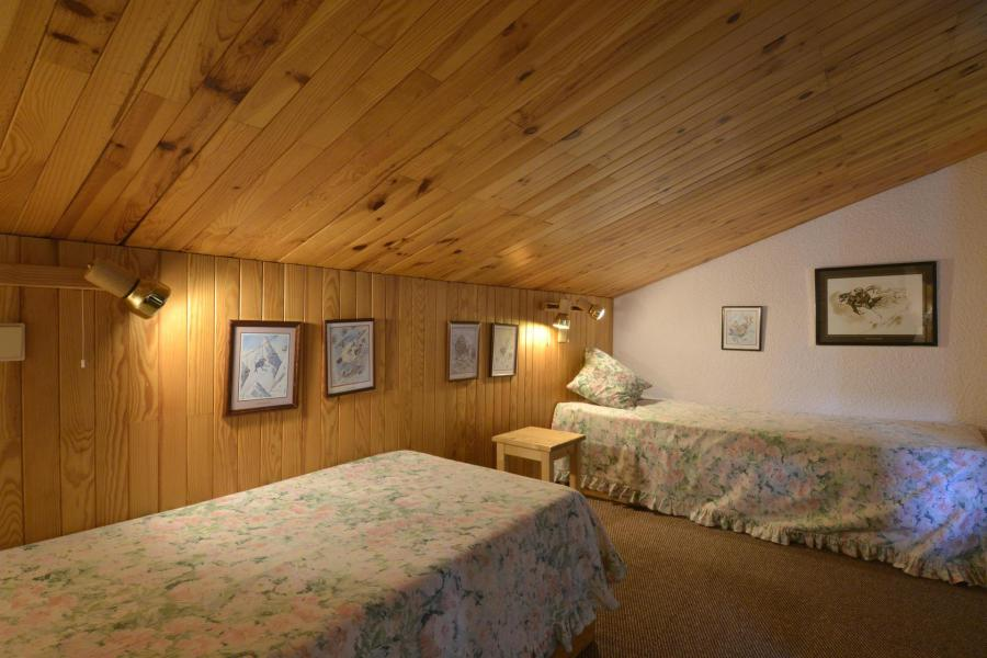 Holiday in mountain resort 2 room apartment 5 people (654) - Résidence Corail - La Plagne - Bedroom under mansard