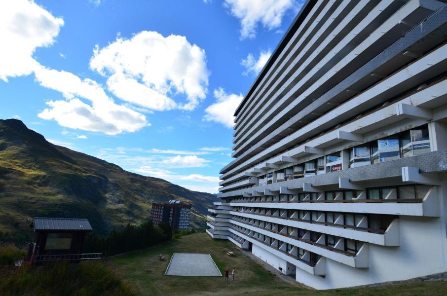 Vacances en montagne Résidence Côte Brune - Les Menuires - Extérieur été