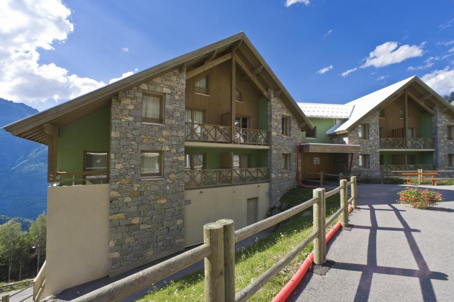Vacances en montagne Résidence Couleurs Soleil - Oz en Oisans - Extérieur été