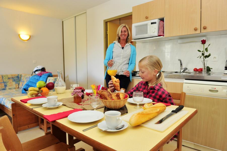 Vacances en montagne Résidence Couleurs Soleil - Oz en Oisans - Salle à manger