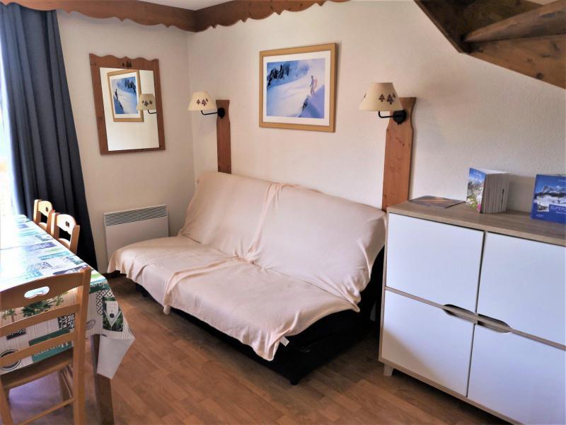 Vacances en montagne Appartement 3 pièces 6 personnes (322) - Résidence Crête du Berger - La Joue du Loup - Canapé