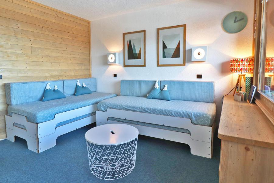 Vacances en montagne Appartement 2 pièces 5 personnes (30) - Résidence Creux de l'Ours Rouge - Méribel-Mottaret