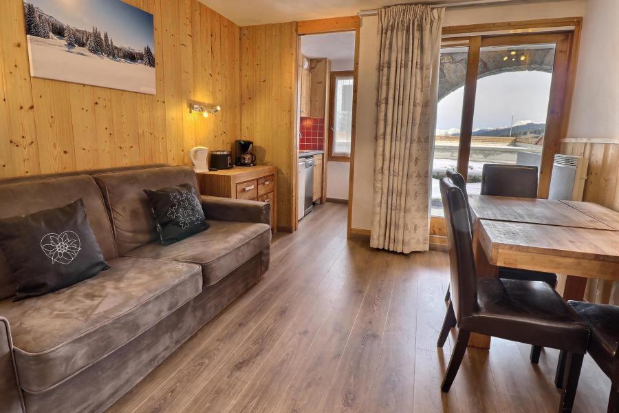 Vacances en montagne Appartement 2 pièces 4 personnes (A05) - Résidence Creux de l'Ours Rouge - Méribel-Mottaret