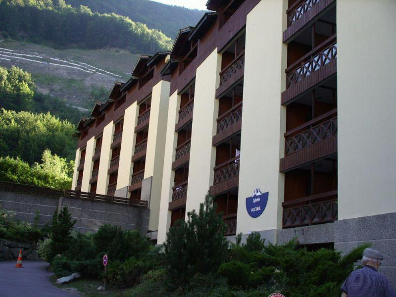 Vacaciones en montaña Résidence Cybèle BAT4 - Brides Les Bains - Verano