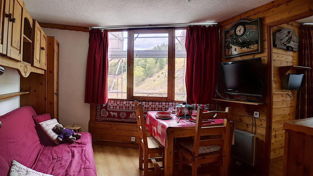 Wakacje w górach Apartament 2 pokojowy 4 osób (322) - Résidence de Caron - Les Menuires - Pokój gościnny