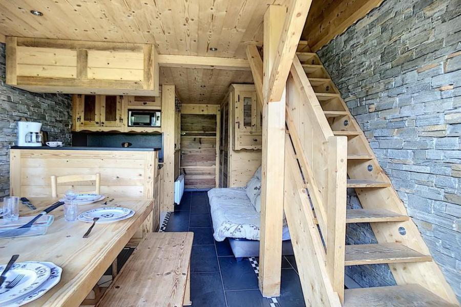 Vacaciones en montaña Apartamento 2 piezas mezzanine para 6 personas (03) - Résidence de Caron - Les Menuires - Cama doble
