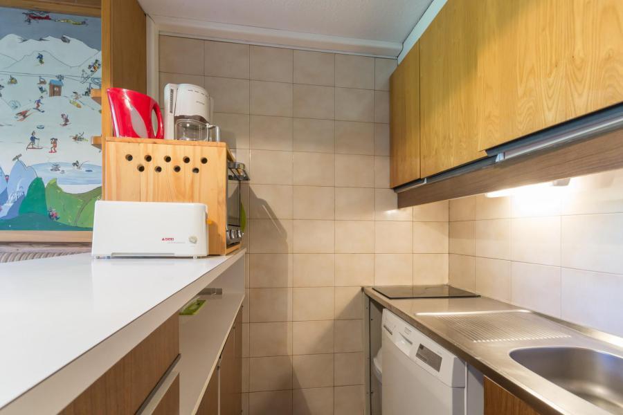 Vacaciones en montaña Apartamento dúplex 2 piezas 6 personas (0107) - Résidence de Caron - Les Menuires - Kitchenette