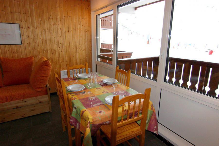 Vacances en montagne Appartement 2 pièces 4 personnes (504) - Résidence de l'Olympic - Val Thorens - Table