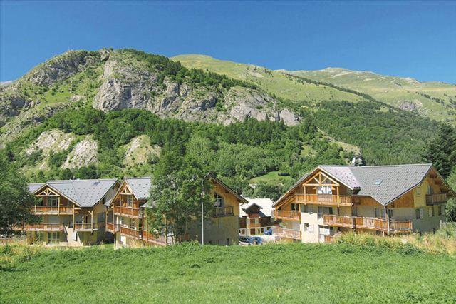 Holiday in mountain resort Résidence de la Clarée - Valloire - Summer outside