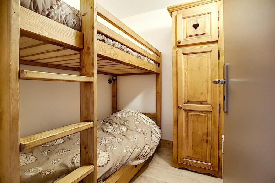 Vacaciones en montaña Apartamento 2 piezas cabina para 6 personas (AL0R04) - Résidence des Alpages - Les Menuires - Camas superpuestas