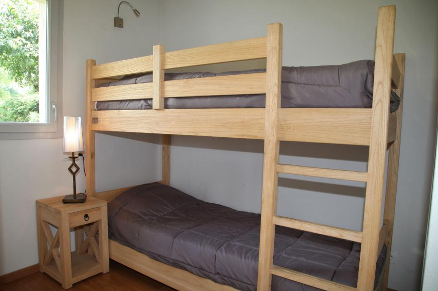 Holiday in mountain resort 3 room apartment 6 people (confort) - Résidence Domaine du Val de Roland - Luz Ardiden - Bunk beds