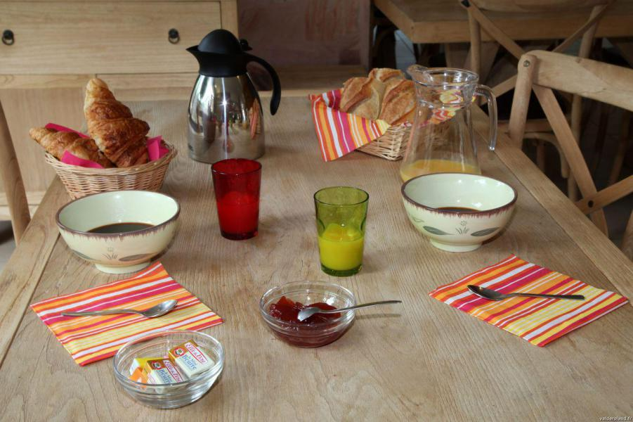 Holiday in mountain resort Résidence Domaine du Val de Roland - Luz Ardiden -