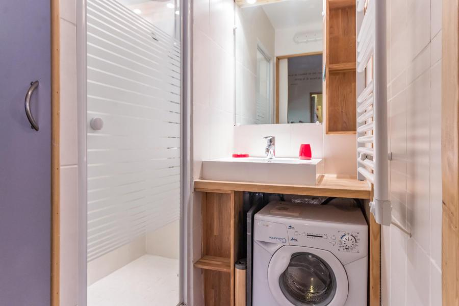 Holiday in mountain resort Studio cabin 3 people (102) - Résidence Drus - La Plagne - Shower