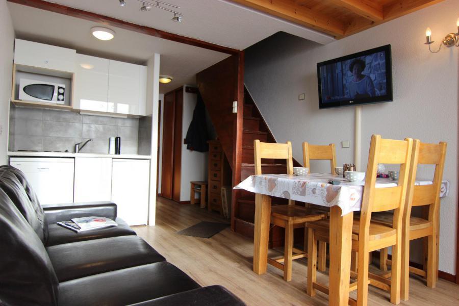 Vacances en montagne Appartement duplex 2 pièces 4 personnes (567) - Résidence du Silveralp - Val Thorens - Table
