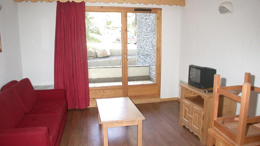 Holiday in mountain resort 2 room apartment 4 people - Résidence Ecrin des Neiges - Vars - Living room