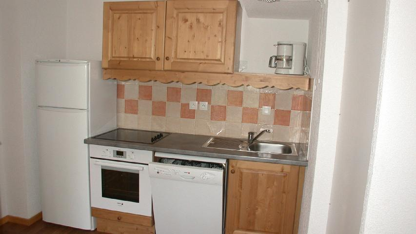 Holiday in mountain resort 2 room apartment 6 people - Résidence Ecrin des Neiges - Vars - Accommodation